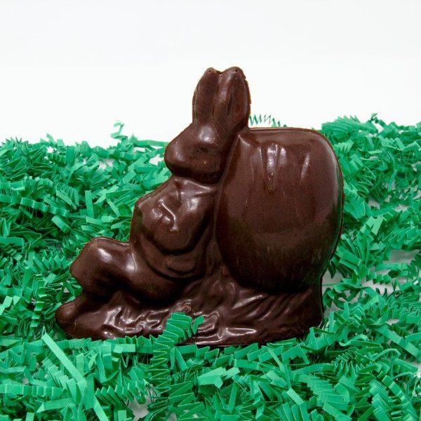 peter rabbit sculpture